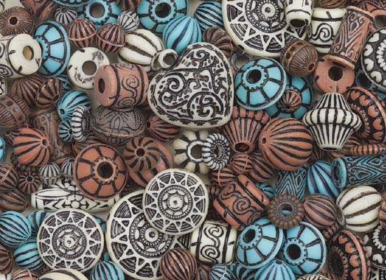 When Susan Simpson worked in the Ivory Coast as a Peace Corps Volunteer, she found herself unable to resist the antique beads offered by traders and sellers