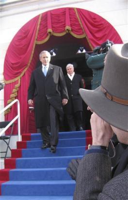 President Bush and RPCV Senator Chris Dodd