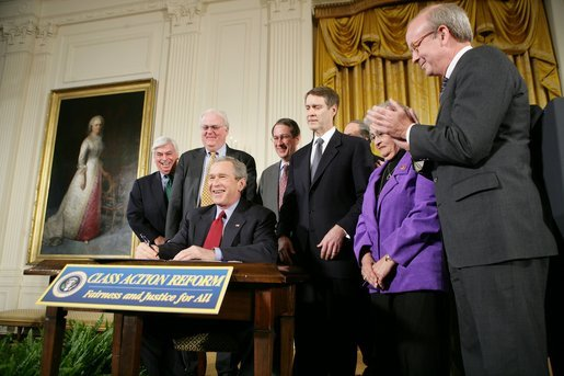 Bush thanks Dodd for  Class-Action Fairness Act of 2005
