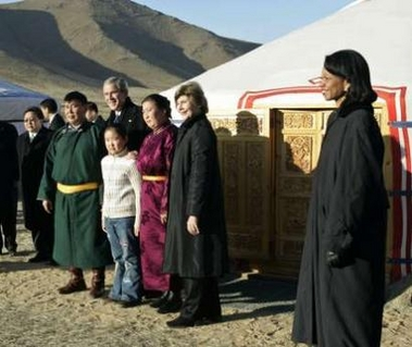 President Bush meets with PCVs in Mongolia