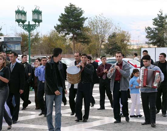 Peace Corps celebrates Anniversary in Turkmenistan