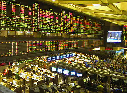 More than 90 percent of worldwide trading in euro futures takes place in Chicago, according to an estimate by Malawi RPCV and Commodity Futures Trading Commission Director Michael Gorham
