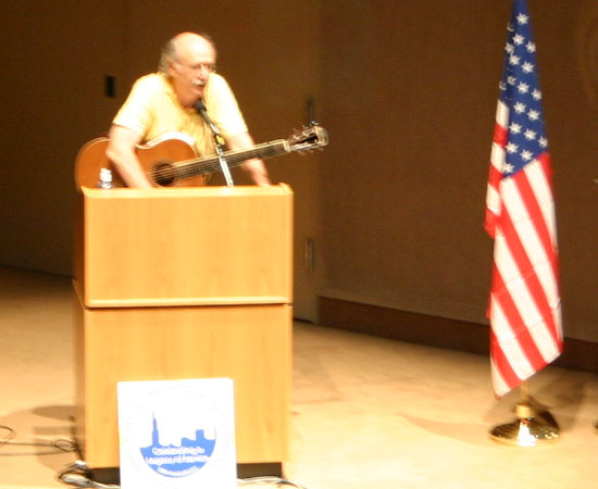  Peter Yarrow speaks about a safe and respectful environment