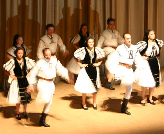  Mioritza performed