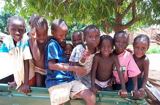 RPCV Walter Williams works with Malawi Children's Village