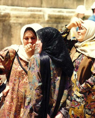 1998: Karey (Trenda) Sabol served in Jordan in Bedoul, near Wadi Musa beginning in 1998
