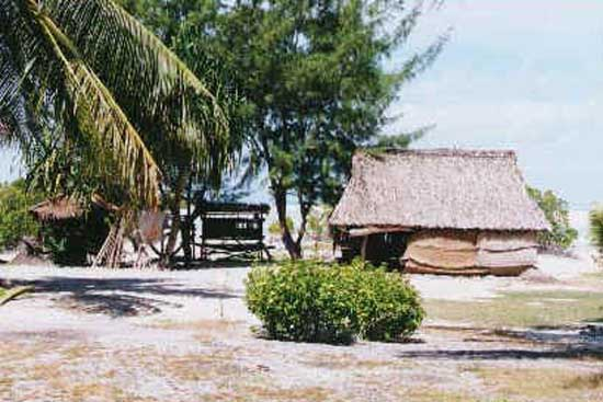 1996: Saretha Boggs Lavarnway served as a Peace Corps Volunteer in Kiribati in Tabituea beginning in 1996