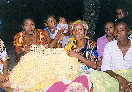 1998: Lisa Pye served as a Peace Corps Volunteer in Madagascar in Fenerivo beginning in 1998
