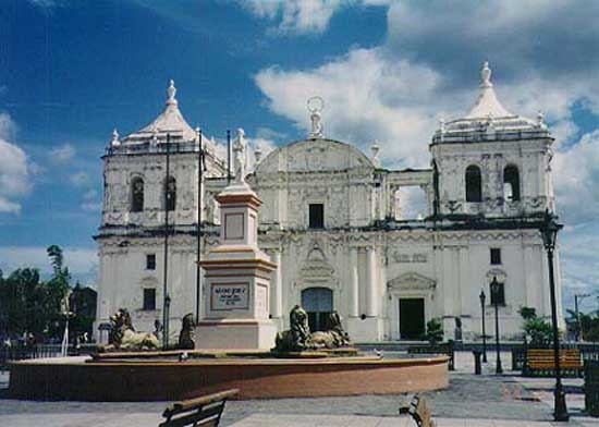 From 2000 to 2002, Kathy Sepponen lived in San Antonio de las Nubes, San Juan del Rio Coco, Madriz, Nicaragua 