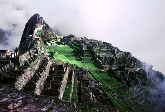 1964: John McAuliff served in Peru in Ollantaytambo beginning in 1964