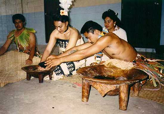 2001: Mae Hsu served in Tonga in Tu'anuku, Vava'u beginning in 2001