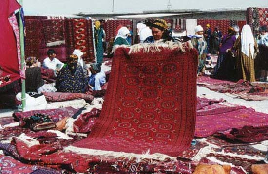 1998: Victoria Gall served in Turkmenistan in Chardjow[Turkmenabat] beginning in 1998