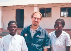 Peace Corps Volunteer Dan Johnston brings books, biology to Mozambique