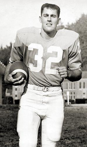 Venezuela RPCV Dick Nicholl led Western Washington in rushing in 1963