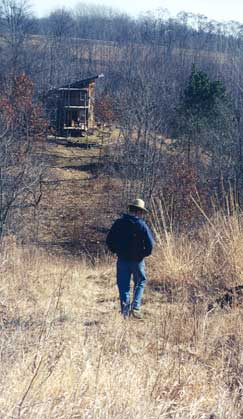 Simplify, simplify, simplify. That's the motto Richard Freihoefer applied 15 years ago (along with Peace Corps carpentry skills and the guidance of 1960s-era books) when he built Hidden Hollow Cabin on 40 acres outside Richland Center