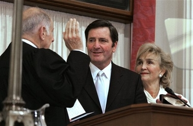 John Garamendi takes oath of office as California Lt. Governor