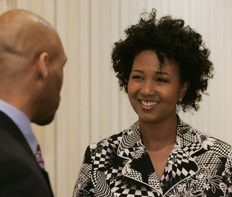 Mae Jemison takes part in Genetic Research Project