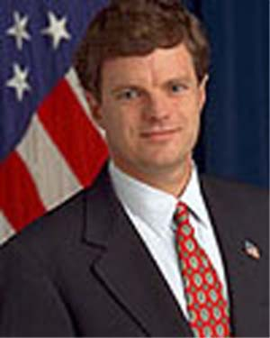 John Bridgeland, a former director of the Domestic Policy Council, was replaced as director of Bush's USA Freedom Corps initiative by Desiree Sayle