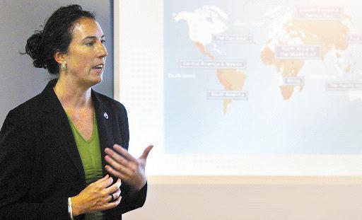 Knox College starts Peace Corps preparatory program