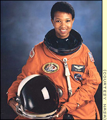 Mae Jemison to visit China with other astronauts