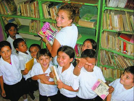Peace Corps Volunteer Molly McCord building up library in Honduras