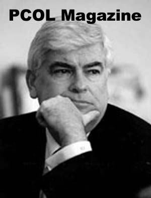 The National Council of La Raza presented Chris Dodd with one of its annual Capital Awards at a dinner ceremony held in Washington's National Building Museum
