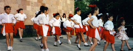 Yeghegnadzor, Armenia Celebrates Peace Corps Day 2000