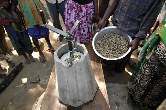 John Brandis joined forces with a group of former Peace Corps volunteers to found the Full Belly Project, a non- profit organization dedicated to designing and distributing such technologies as the Malian peanut sheller