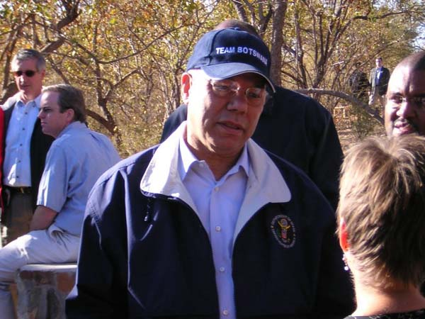Secretary Powell speaks to Peace Corps volunteers at the Mokolodi Game Reserve in Botswana