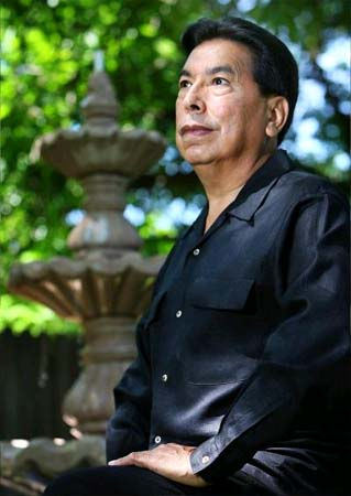 Costa Rica RPCV Rodolfo Mendez founded the community-based Ballet East Dance Theatre almost three decades ago
