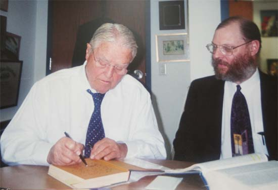 Peace Corps Founding director Sargent Shriver with Peace Corps Online Publisher and Co-editor Hugh Pickens in his office at the Special Olympics in October 2001
