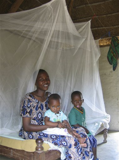 The deaths of more than 1 million people each year from malaria, prompted Senegal RPCV Andy Sherman and fellow Saint Louis University medical student Jesse Matthews to start NetLife, a nonprofit organization that distributes mosquito nets in Africa