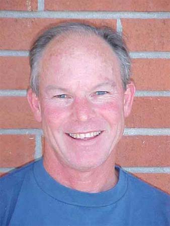 Panama RPCV Stave Larkin is head volleyball coach at Modesto Junior College