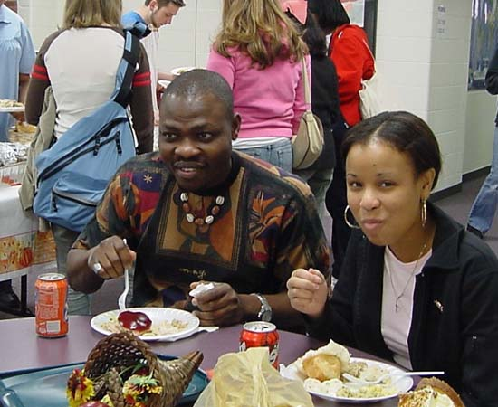 RPCVs offer Thanksgiving Dinner to Foreign Students