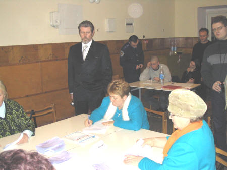 RPCV Trey Aven traveled to the Ukraine to monitor that country�s historic special presidential election