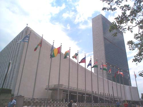 Michael Adlerstein says the UN building cannot function much longer in its present state