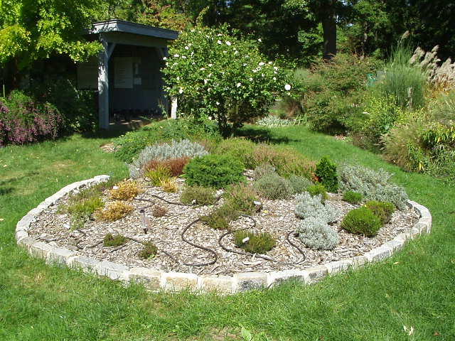 The North Platte Group of the Sierra Club will host a public presentation on xeriscape gardening with nationally renowned landscape architect Jim Knopf (RPCV Kenya)