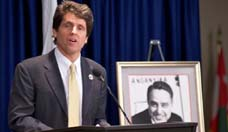 Mark Shriver Speaks Truth to Power Date: February 1 2012 No: 1584