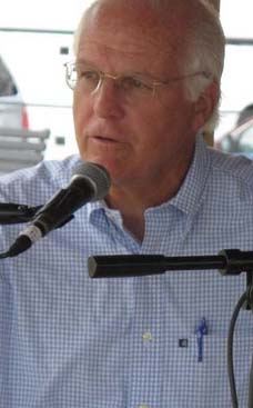 Aug 6, 2011: Senate Candidate Chris Shays Date: October 10 2011 No: 1553