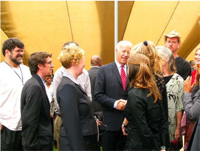 Vice President Biden Meets with Peace Corps/Kenya Volunteers