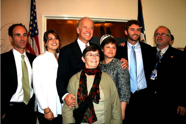 Vice President Biden Meets with Peace Corps/Romania Volunteers and Staff