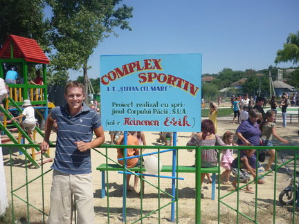 Runner Erik Heinonen works with Sports Camps in Moldova