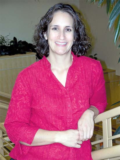 El Salvador RPCV Dr. Aline Hansen-Guzman is the newest family practitioner to join the staff at Salud in Fort Morgan