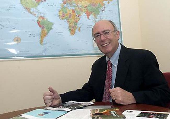 Former university president Colombia RPCV Kenneth L. Hoadley joins Abt as principal associate and scientist in its International Economic Growth Division