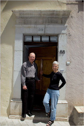 When Philippines RPCV Linda Bigelow and her husband Lee decided to buy a house in the South of France, they were sure of one thing: they wanted to be part of the village life