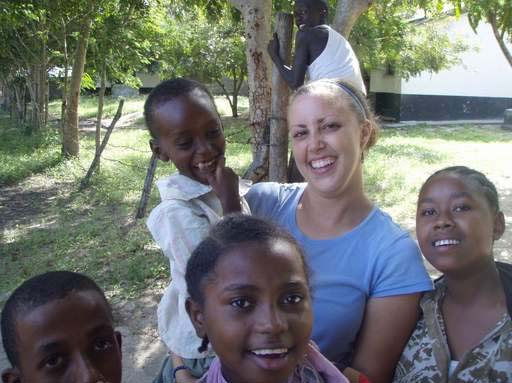 Peace Corps volunteer Megan DaPisa of Arlington Heights is using her suburban connections to bring a solar-powered computer lab to a rural village in Kenya