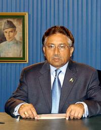 James Rupert writes: `Busharraf' Fall May Boost Pakistani Support for War on Taliban