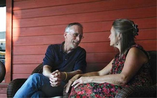 Rob and Kathy Beck arrive in Tonga for Peace Corps training