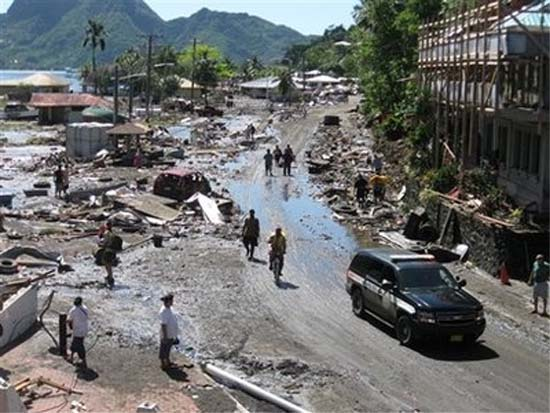 Peace Corps Volunteer Sara Reeves provides eyewitness account of earthquake, tsunami in Samoa