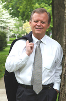 Tony Hall to endorse Obama in ad on Christian radio stations